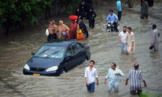 karachi-rescue-underway-as-death-toll-rises-to-17-in-rain-related-incidents-3031