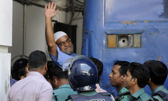Islamist tycoon set to hang in Bangladesh after family pays last visit