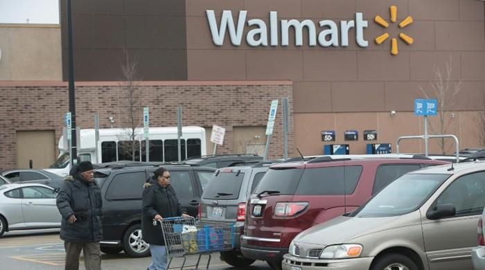 Wal-Mart Stores, Inc. (NYSE:WMT) relaxing from a long rally