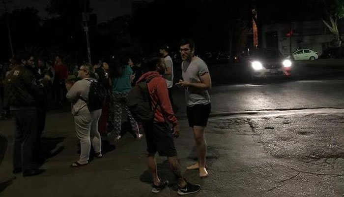 Powerful Quake Leaves Behind Destruction in Mexico