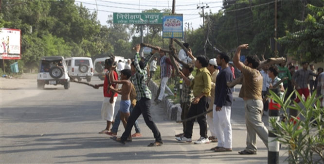 communal riots in india 20 feared dead as hindu-christian riots spread in india  been in retaliation for  arrests that police made in the ongoing communal fighting.