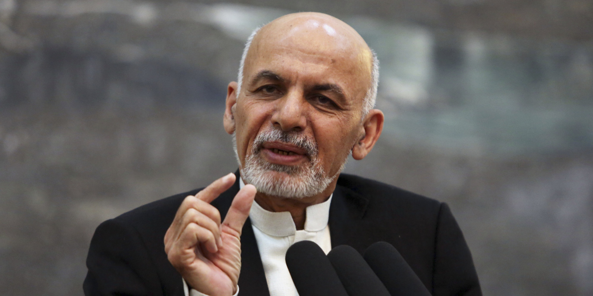 Afghan President Ashraf Ghani apologises to Afghan women over 'head scarf' remark